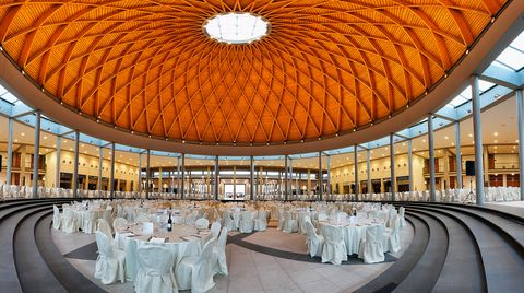 THE HOME EVENT Celebration dinner:  the world under the wooden dome.