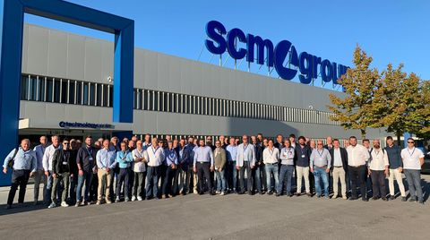 Training and team building for the SCM Italia sales network