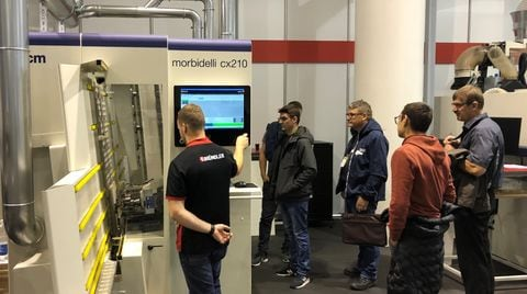 SCM in Holz with the best of its solutions, from craft to industry