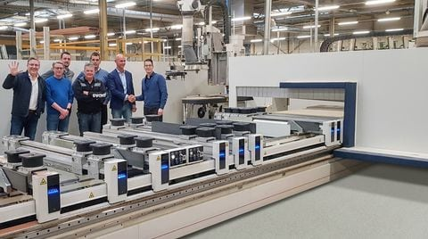Vermeulen trappen B.V., ordered 4 machines ACCORD 42 FX-MATIC with 2 independent 5-axis units