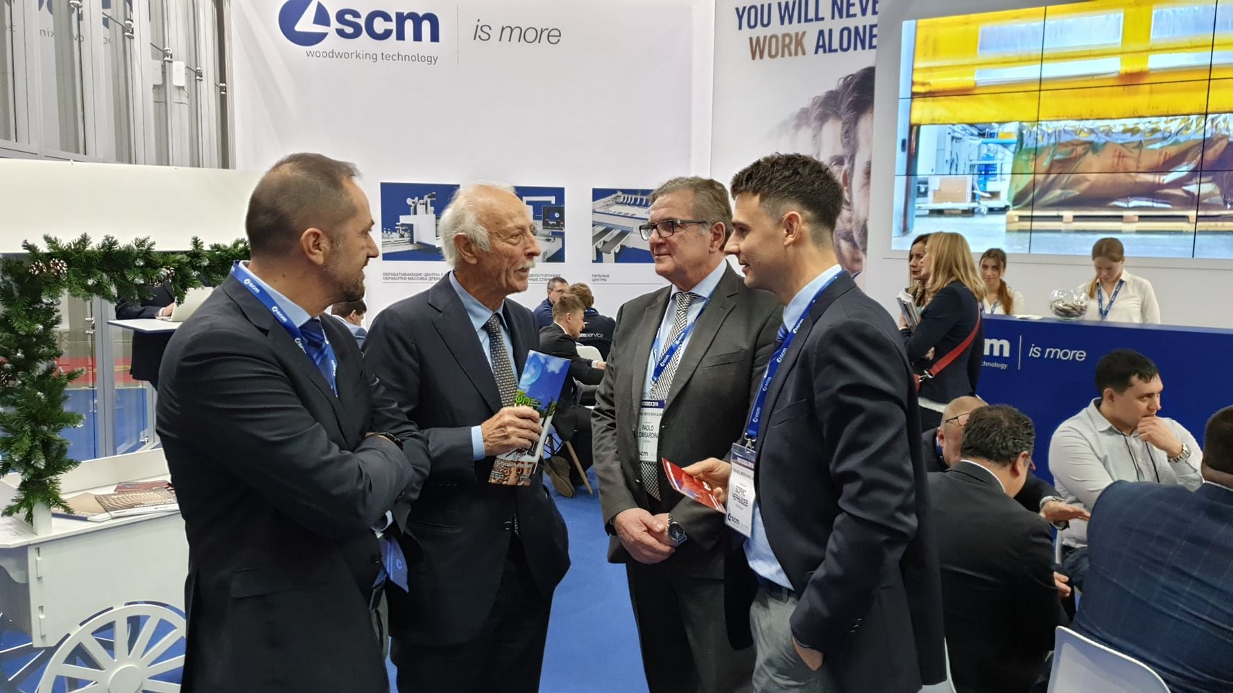 You will never work alone! SCM takes centre stage at Woodex!