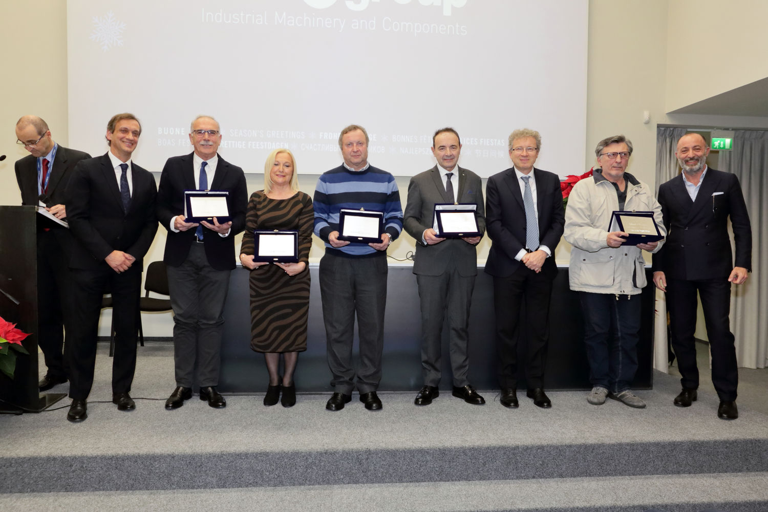 "The year 2019 closes with a flourish celebrating the retiring employees and the winners of ""Innovation"" and ""Improvement Ideas"" awards"