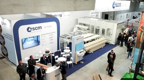 Dach+Holz continues with an excellent attendance at the SCM stand
