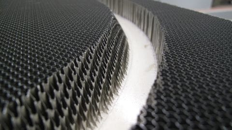 Honeycomb Cores Machining: the Winning Sinergy